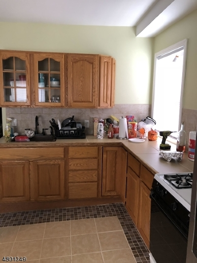 Paterson City Multi Family Home For Sale: 137 Lafayette St