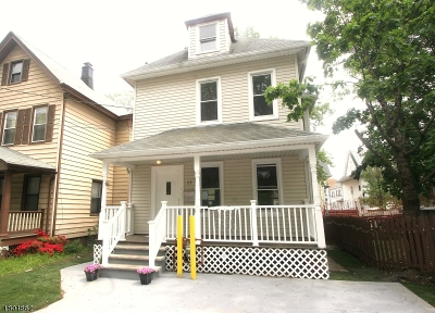 Passaic City Single Family Home For Sale: 23 Crescent Pl