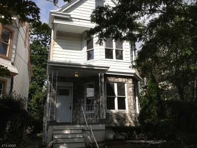Paterson City Single Family Home For Sale: 694 E 28th St