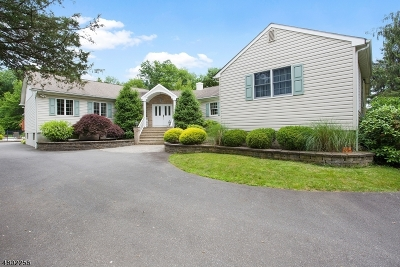 Raritan Twp. Single Family Home For Sale: 812 County Road 579