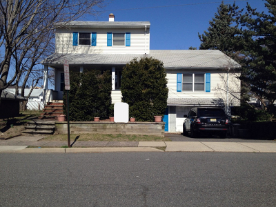 Hawthorne Boro Multi Family Home For Sale: 53 Roosevelt Ave
