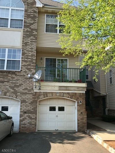 Montgomery Twp. Condo/Townhouse For Sale: 223 Rhoads Dr