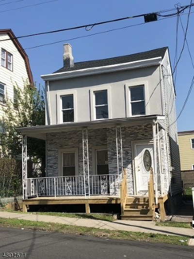 Paterson City Single Family Home For Sale: 72 N 10th St