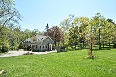 Raritan Twp. Single Family Home For Sale: 19 Barton Hollow Road