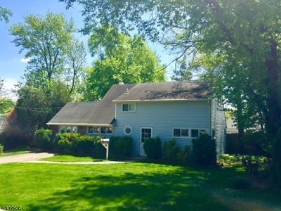 Old Bridge Twp. Single Family Home For Sale: 21 Essex Ln