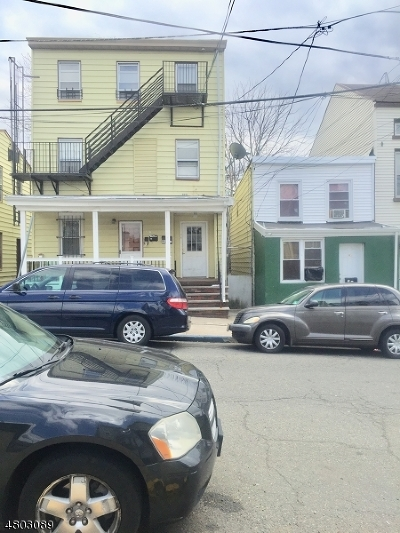 Paterson City Multi Family Home For Sale: 16-18 Ward St