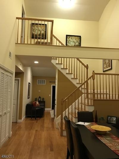 Elizabeth City Condo/Townhouse For Sale: 201-211 W Jersey St #C244