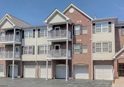 Union Twp. Condo/Townhouse For Sale: 24 Redspire Dr #24