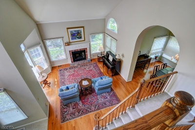 Bedminster Twp. Single Family Home For Sale: 71 Autumn Ridge Rd
