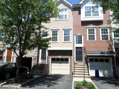 Clifton City Condo/Townhouse For Sale: 65 Whiteweld Ter