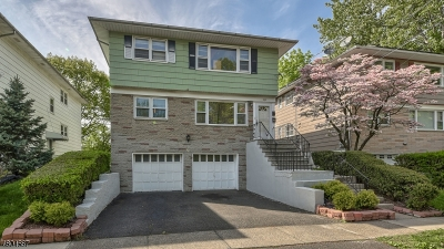 Bloomfield Twp. Multi Family Home For Sale: 246 Lakewood Dr