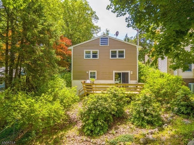 Parsippany Single Family Home For Sale: 3 Hillside Rd