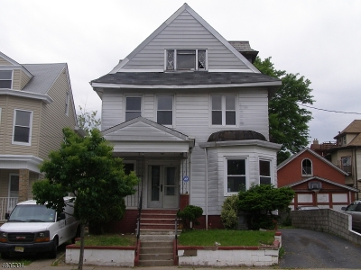 Paterson City Single Family Home For Sale: 702 E 27th St