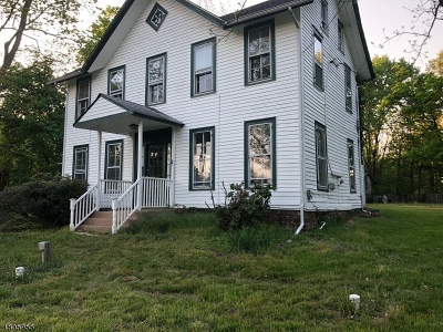 Raritan Twp. Single Family Home For Sale: 7 Amwell Rd