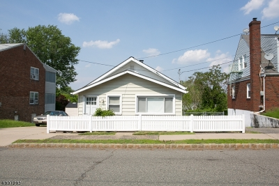 Belleville Twp. Single Family Home For Sale: 44-46 Sanford Ave