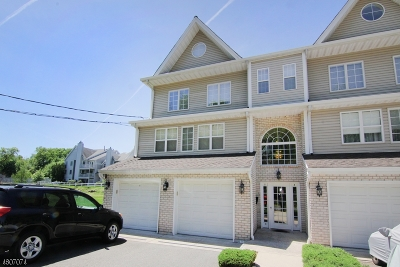 Paterson City Condo/Townhouse For Sale: 20 Mountain Ave