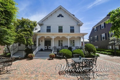 New Providence Condo/Townhouse For Sale: 28 Murray Hill Sq