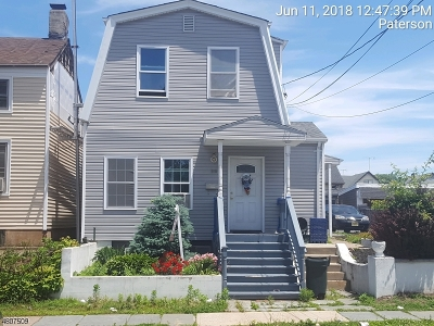 Paterson City Multi Family Home For Sale: 154 Paterson Ave