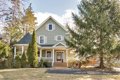Montvale Boro Single Family Home For Sale: 21 N Kinderkamack Rd