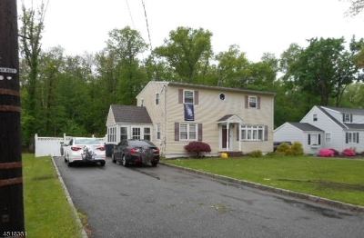 East Hanover Twp. NJ Single Family Home For Sale: $449,900