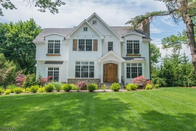 Chatham Twp Single Family Home For Sale: 66 Rolling Hill Dr