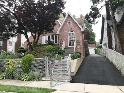 Hillside Twp. Multi Family Home For Sale: 1595 Wyndmoor Ave