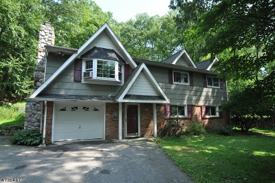 Montville Twp. NJ Single Family Home For Sale: $360,000