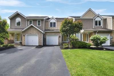 Parsippany-Troy Hills Twp. Condo/Townhouse For Sale: 15 Edgefield Dr