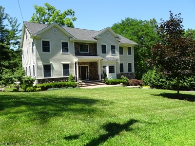 Morris Twp. Single Family Home For Sale: 7 Sussex Place