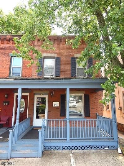 Bound Brook Boro Condo/Townhouse For Sale: 218 E 2nd St