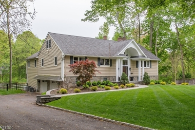 Wyckoff Twp. Single Family Home For Sale: 382 W Shore Dr