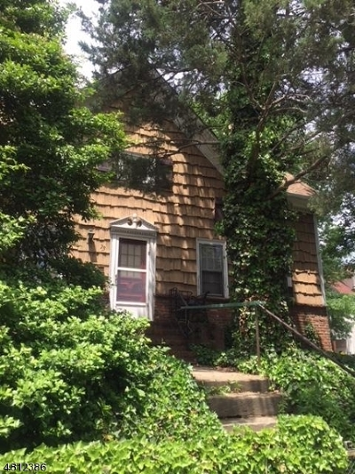 Elizabeth City Single Family Home For Sale: 73 Westfield Ave