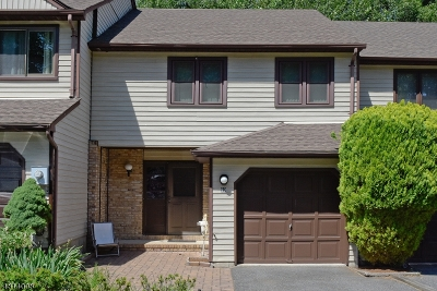 Parsippany Condo/Townhouse For Sale: 99 Stockton Ct