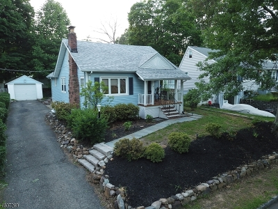 Livingston Single Family Home For Sale: 18 S Baums Ct