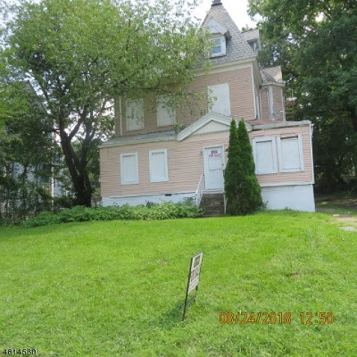 Multi Family Home For Sale: 236 N Walnut St