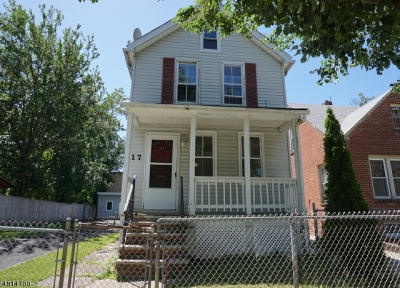 Single Family Home Sold: 17 Lake St