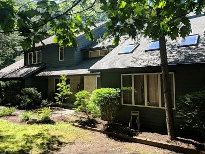 Kinnelon Boro NJ Single Family Home For Sale: $629,900