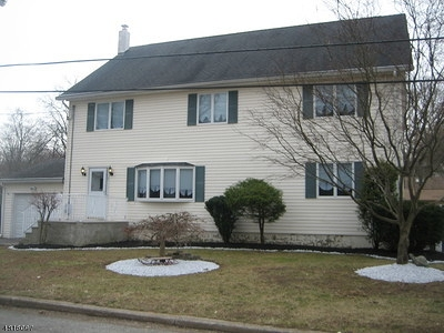 Passaic County Single Family Home For Sale: 5 Dardale Ter