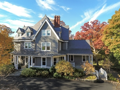 Summit Single Family Home For Sale: 7 Edgewood Rd