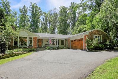 Bernardsville Boro Single Family Home For Sale: 37 Lindabury Ave