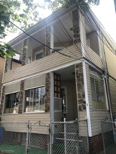 Passaic City Multi Family Home For Sale: 17 Quincy St