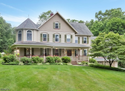 Clinton Twp. Single Family Home For Sale: 27 Sand Hill Rd