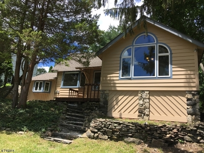 Sparta Twp. Single Family Home For Sale: 439 W Shore Trl