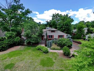 Glen Rock Boro Single Family Home For Sale: 105 Lowell Rd