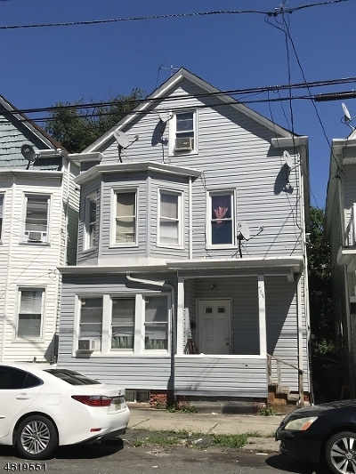 Paterson City Multi Family Home For Sale: 487 E 18th St