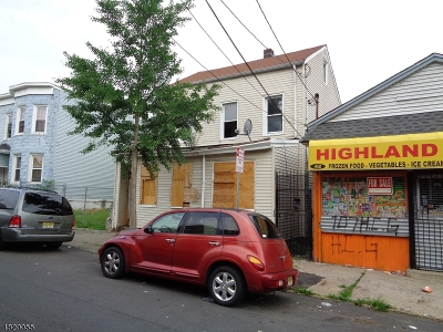 Paterson City Multi Family Home For Sale: 44 Highland St