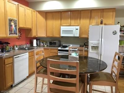 Elizabeth City Condo/Townhouse For Sale: 349-353 W Grand St #301