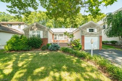 Springfield Single Family Home For Sale: 534 Ashwood Rd