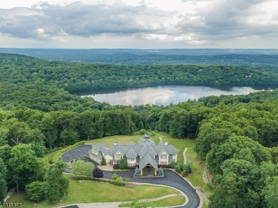 Montville Twp. Single Family Home For Sale: 1a Masar Rd