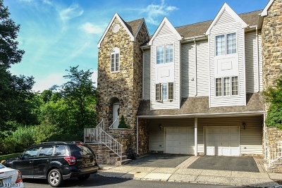 Berkeley Heights Condo/Townhouse For Sale: 7 Cardinal Ct
